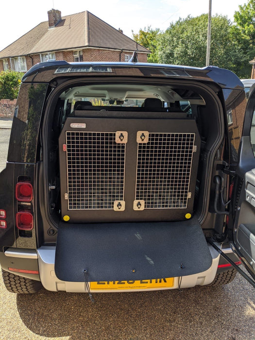 Land Rover Defender - 2020 - Dog Car Travel Crate DT Box DT BOXES