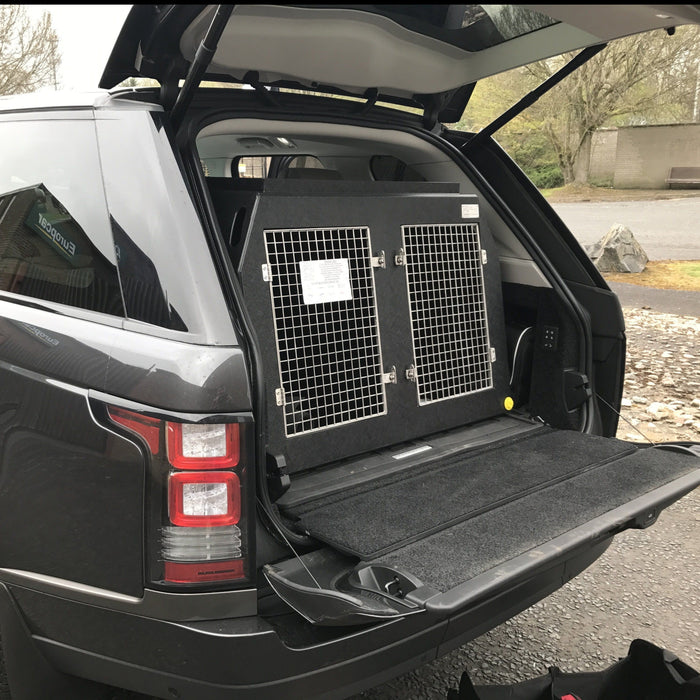 Range Rover Vogue 2012–Present Dog Crate - DT 3 DT Box DT BOXES