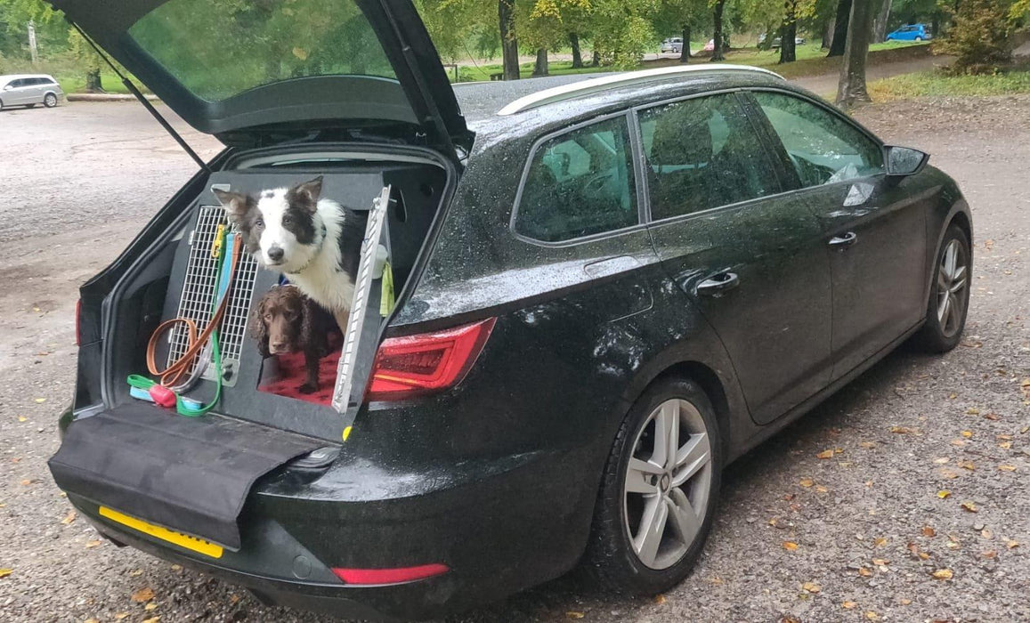 Seat Leon Estate (2014 - Present) Dog Car Travel Crate- The DT 4 DT Box DT BOXES
