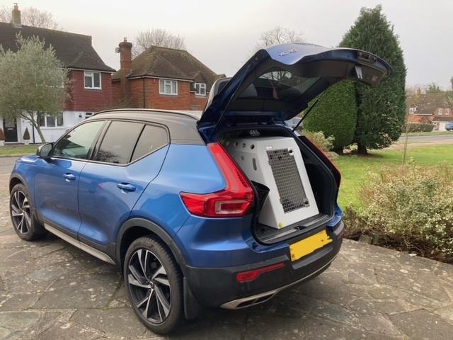 Volvo XC40 (2019 - Present) Dog Car Travel Crate- DT Box DT Box DT BOXES 610 White