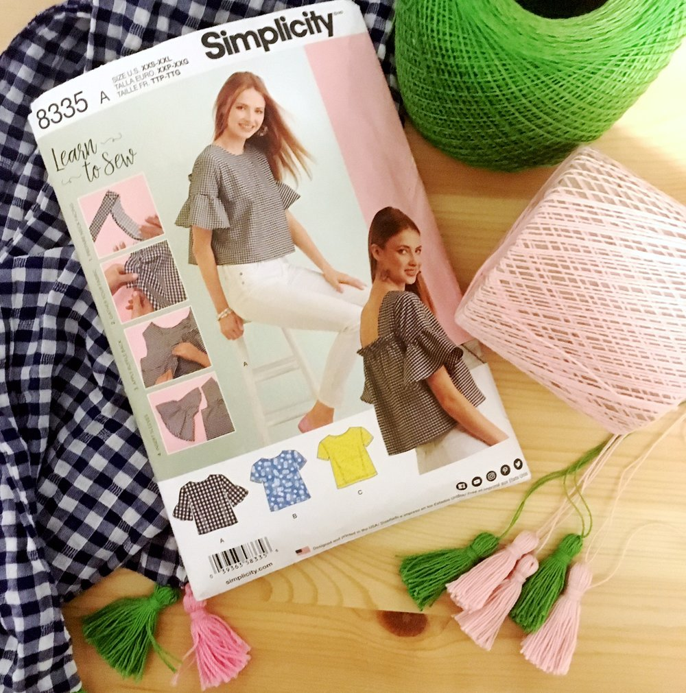 PATTERN REVIEW: SIMPLICITY 8335