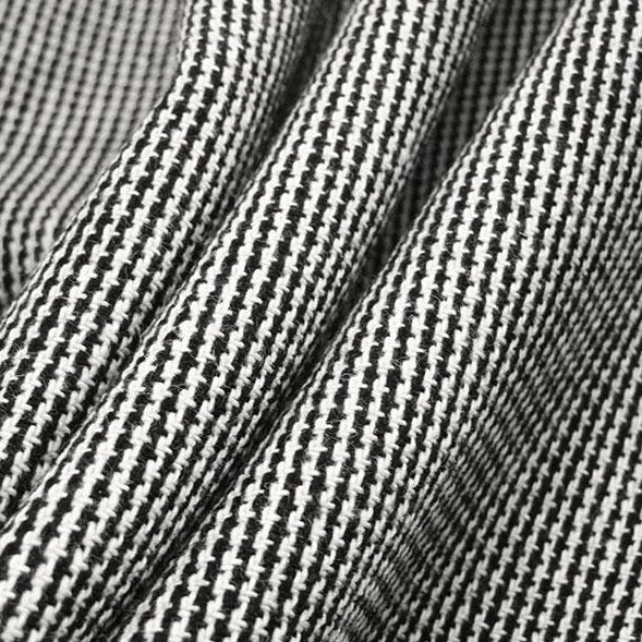 Micro Houndstooth suiting (designer deadstock), 1/2 yard