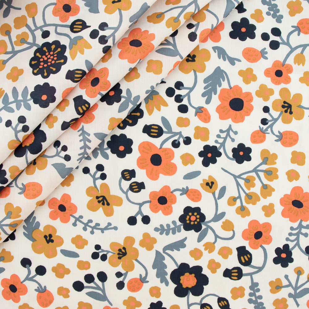 Birch Organic Bella Cotton Lawn by Kristin Barouche, Prints, Bella Margot Cream, 1/2 yard