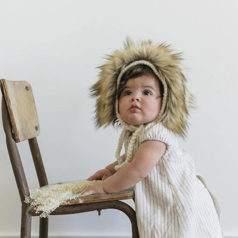 Blueberry Hill Hat Knitted White Brown Lion Fur
