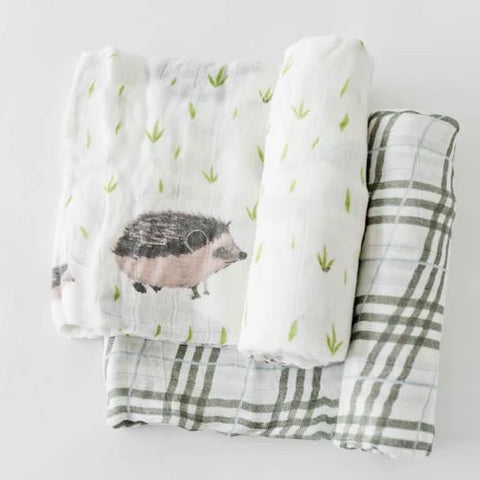 Little Unicorn 2 Piece Deluxe Swaddle Set Hedgehog/Plaid