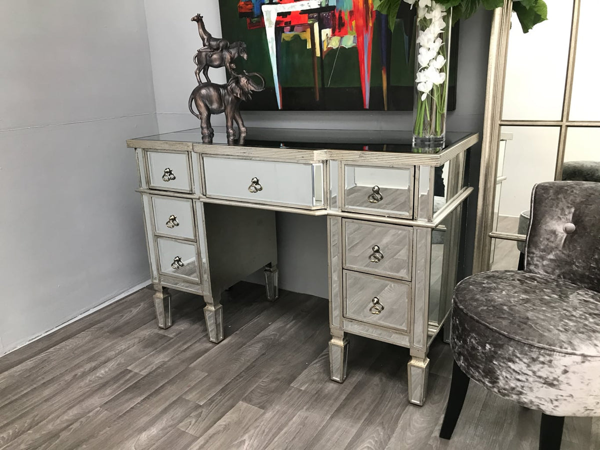 Mirrored dressing table large drawers