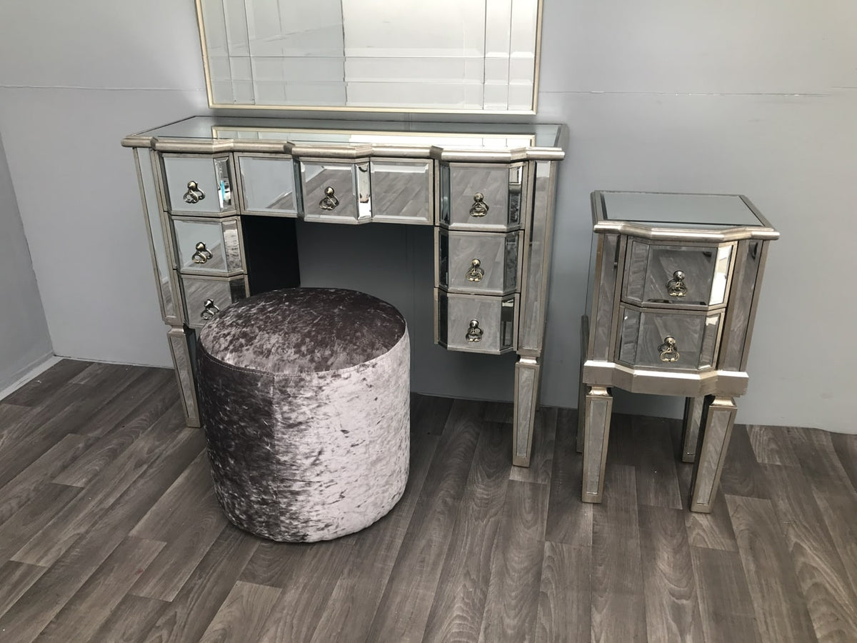 Charleston Kneehole Mirrored Dressing Table with 7 Drawers arrange with velvet stool and matching bedside table