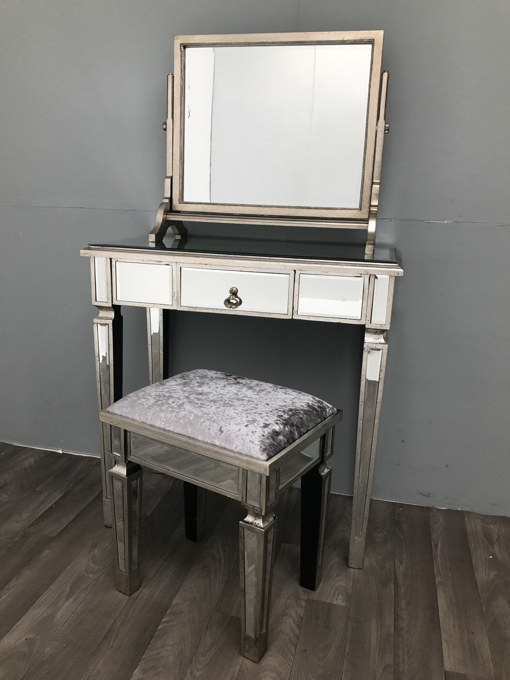 Charleston Mirrored Stool with Velvet Upholstery