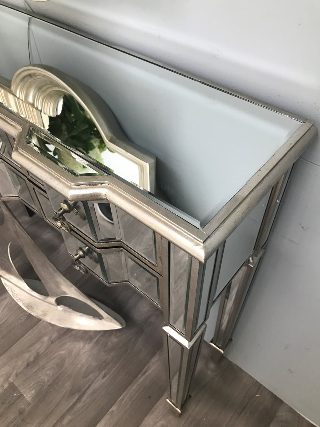 Mirrored Side Table with six Drawers - Charleston Collection