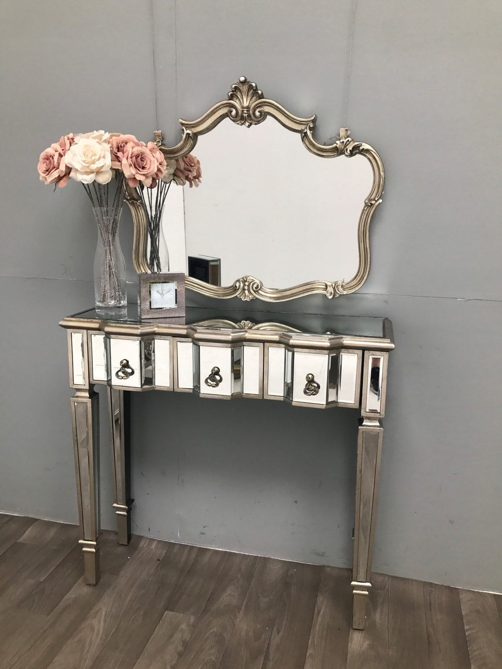 Slim vintage Mirrored Console Table 3 drawers