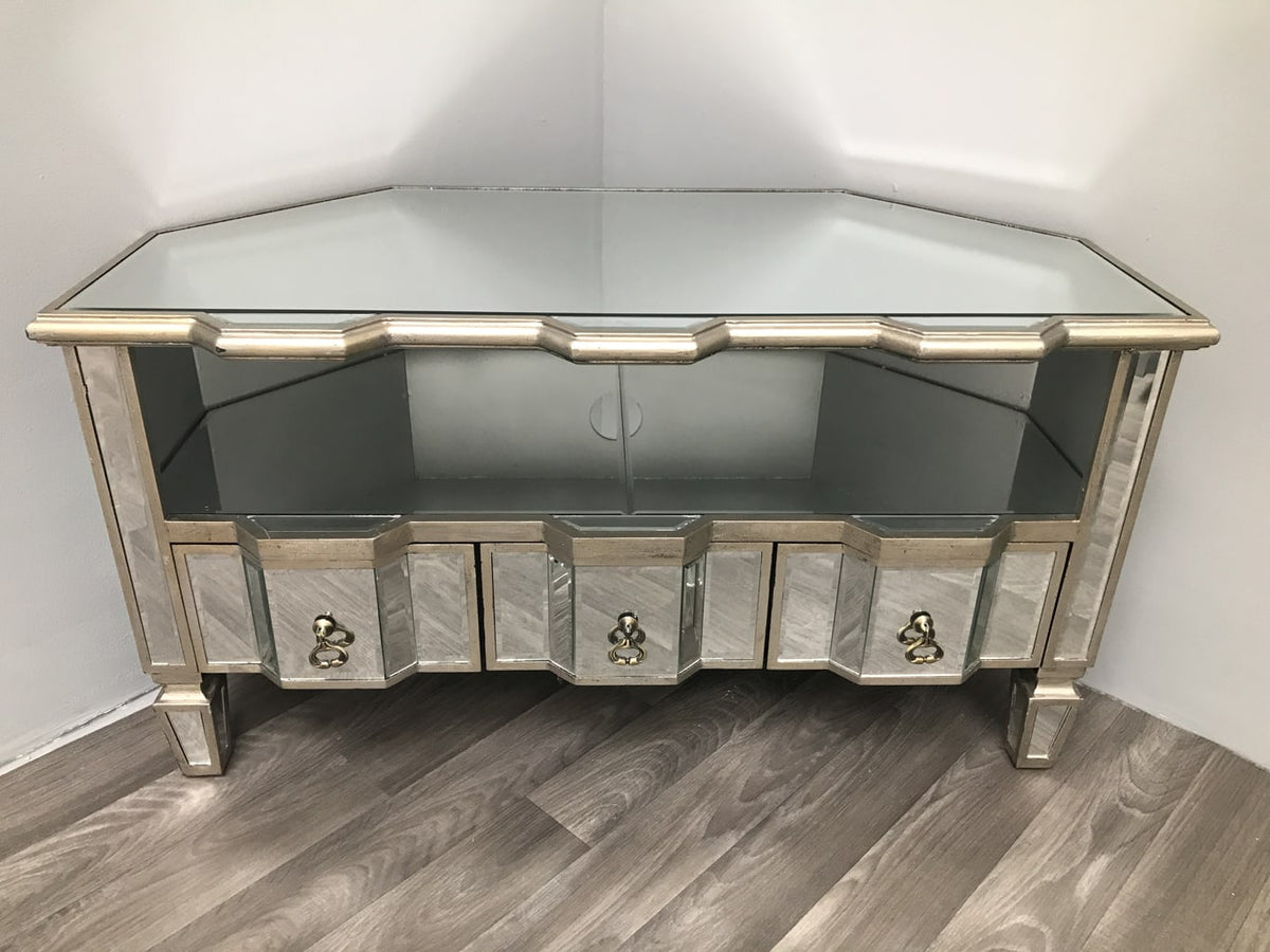 Mirrored tv unit corner table
