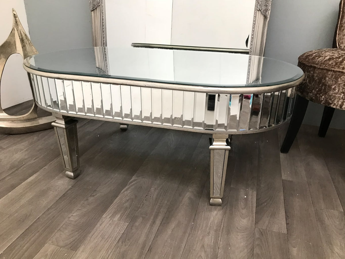 Mirrored Coffee Table » Oval silver finish