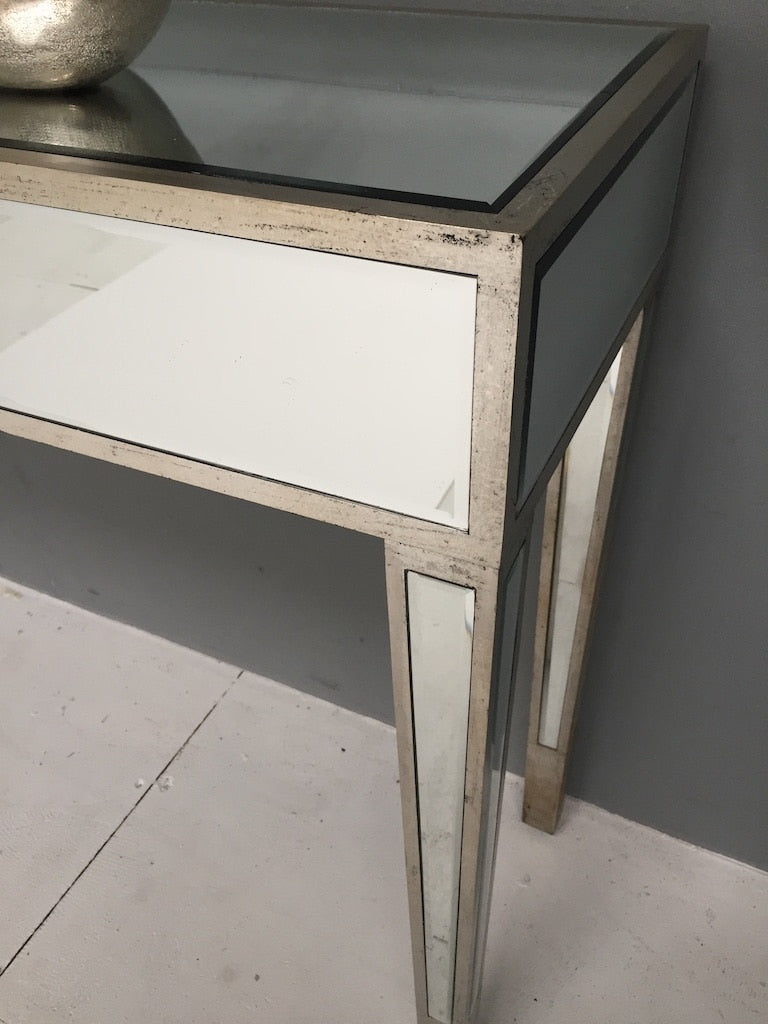 Charleston Mirrored Console Table Corner