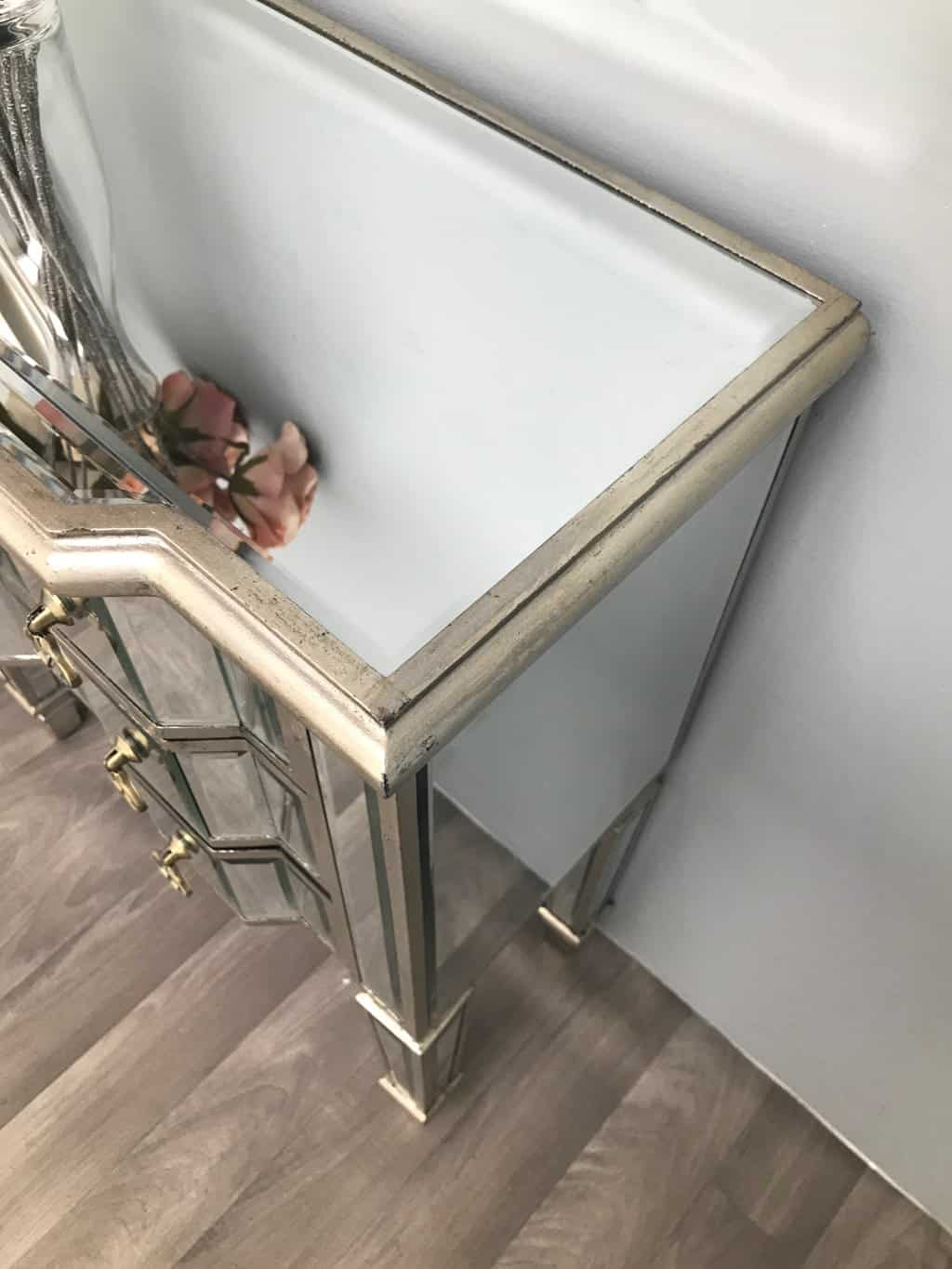 Mirrored Chest of 6 Drawers with silver wood edging