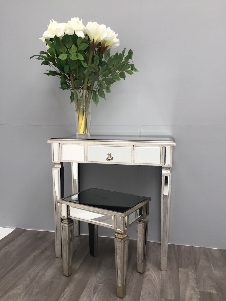Square silver mirrored side table, can be used as a stool