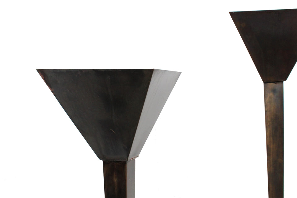 Set of 2 rationalist large wall lamps, set di 2 lampade da parete razionali