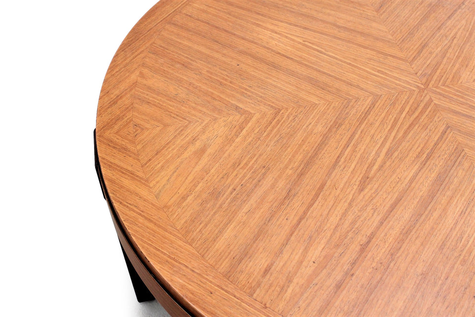Round teak coffee table, Tavolino anni 50 di manifattura italiana.
