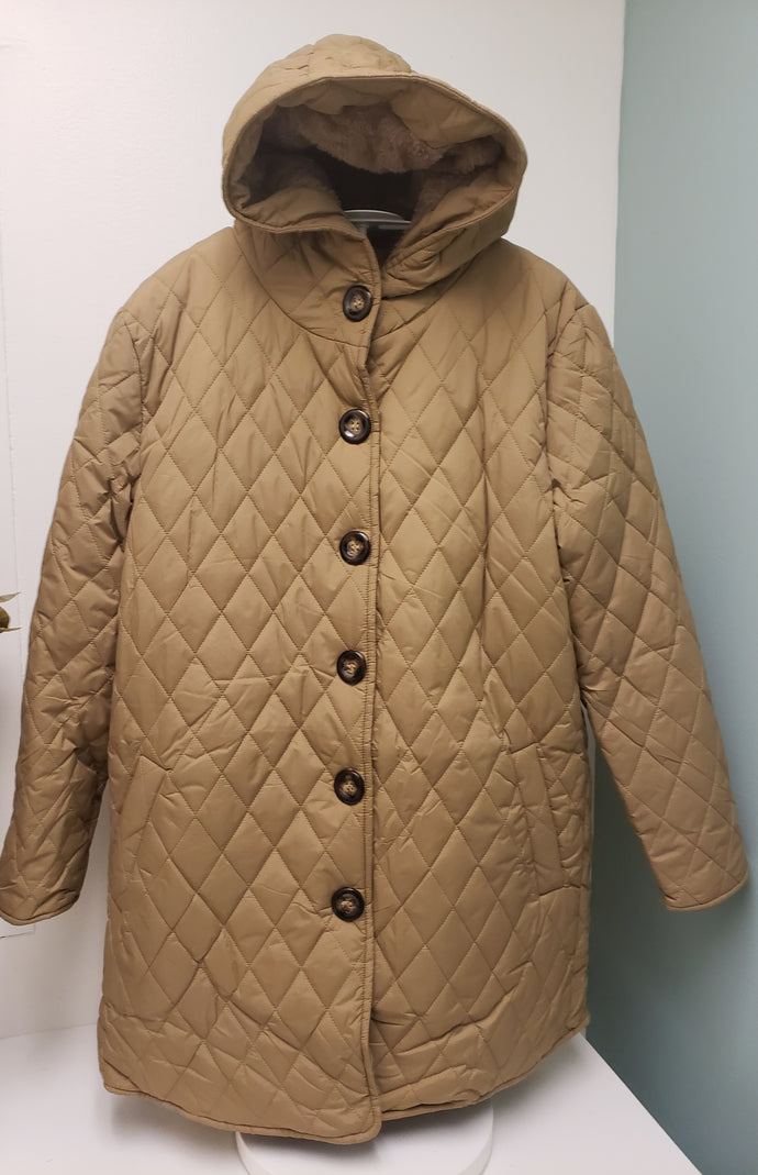Casa Donna Quilted Coat