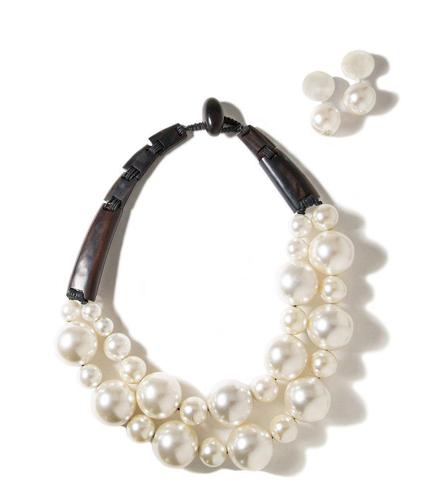 OVERSIZED  FAUX PEARL AND WOOD STATEMENT NECKLACE
