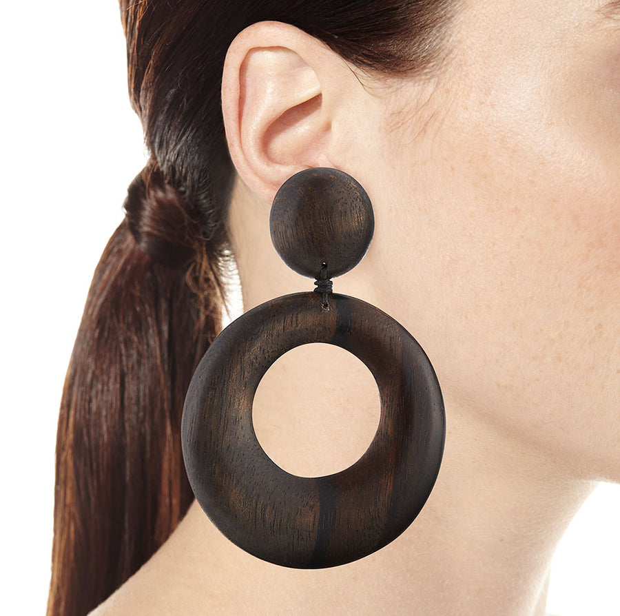 LARGE DOORKNOCKER EARRINGS BROWN WOOD
