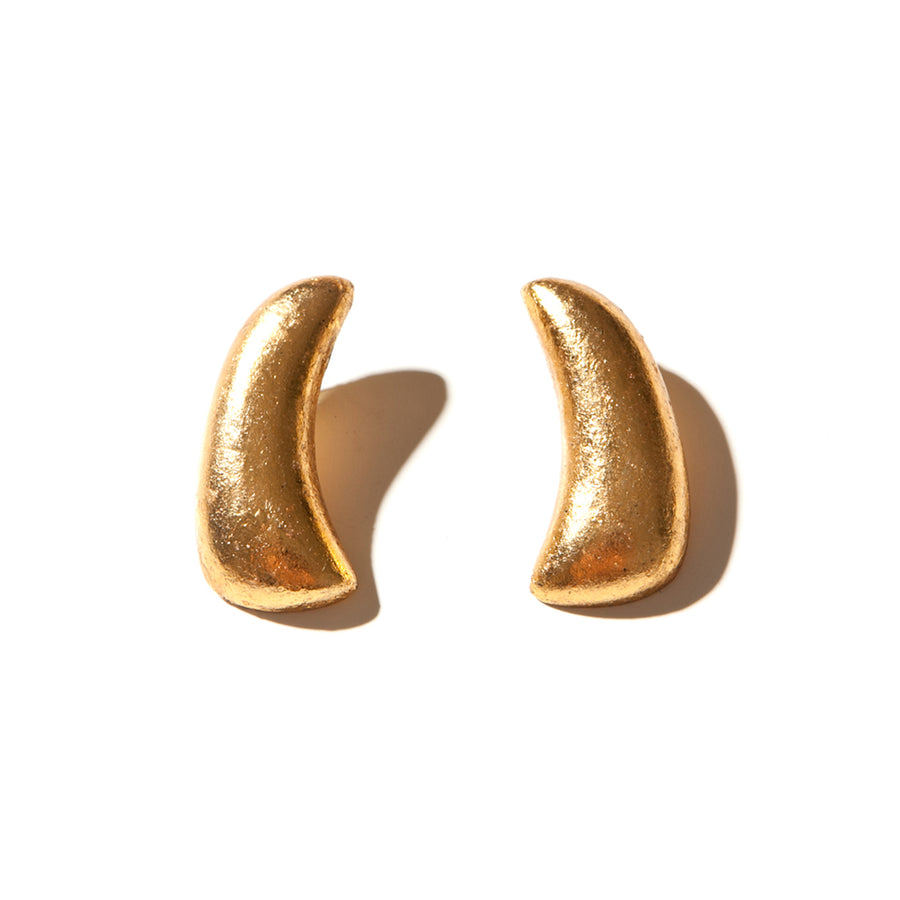 CURVED STUD EARRINGS/GOLD FOIL