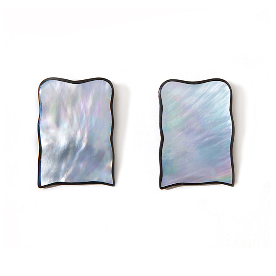 FREEFORM SQUARE EARRINGS SILVER MOP