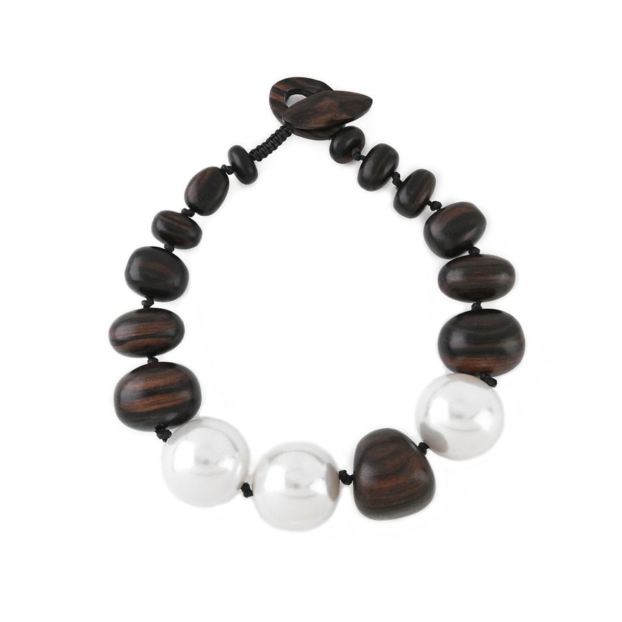 WOOD NUGGET AND FAUX PEARL NECKLACE BROWN/PEARL