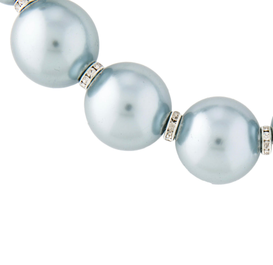CRYSTAL AND FAUX PEARL SINGLE STRAND NECKLACE. SILVER-GRAY