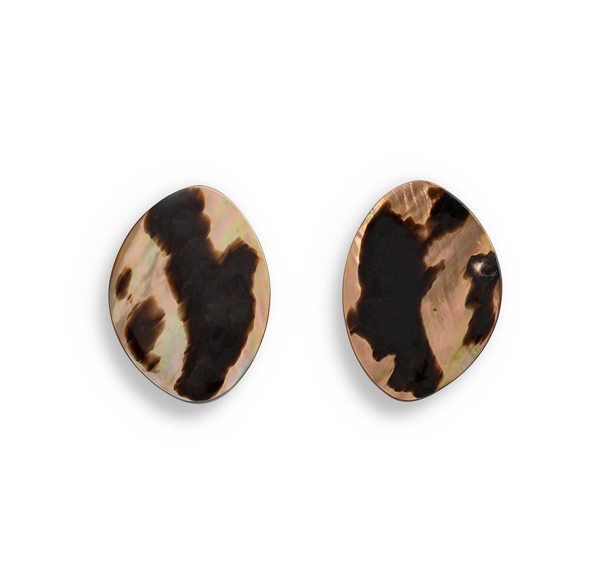 FREEFORM STUD EARRINGS LEOPARD SHELL