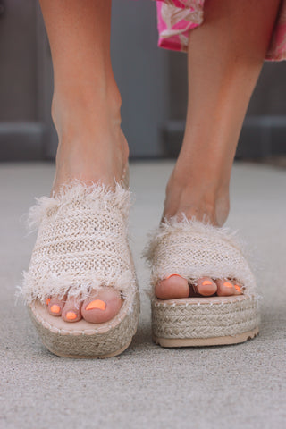Seashell Frayed Sandals