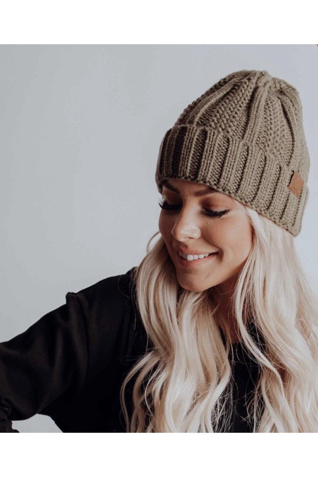 Tyra Beanie in Olive