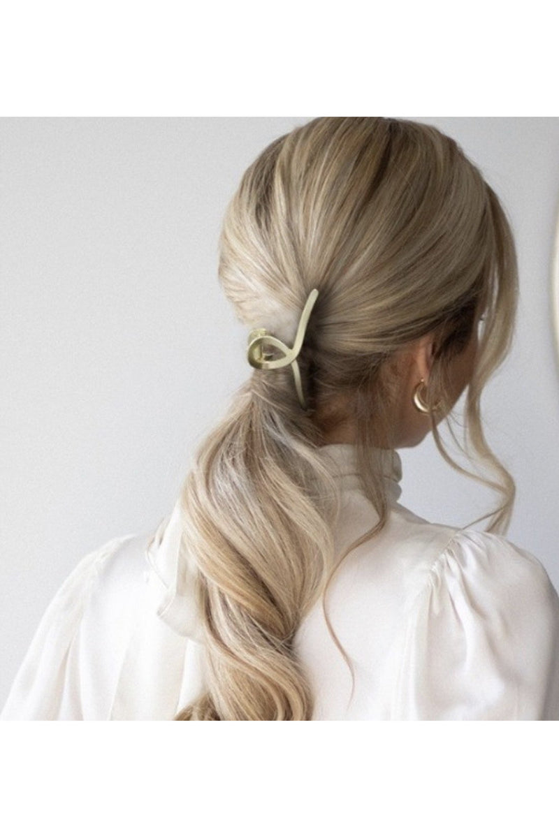 Gold Loop Hair clip