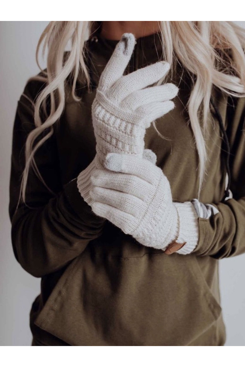 Maggie Gloves in Ivory
