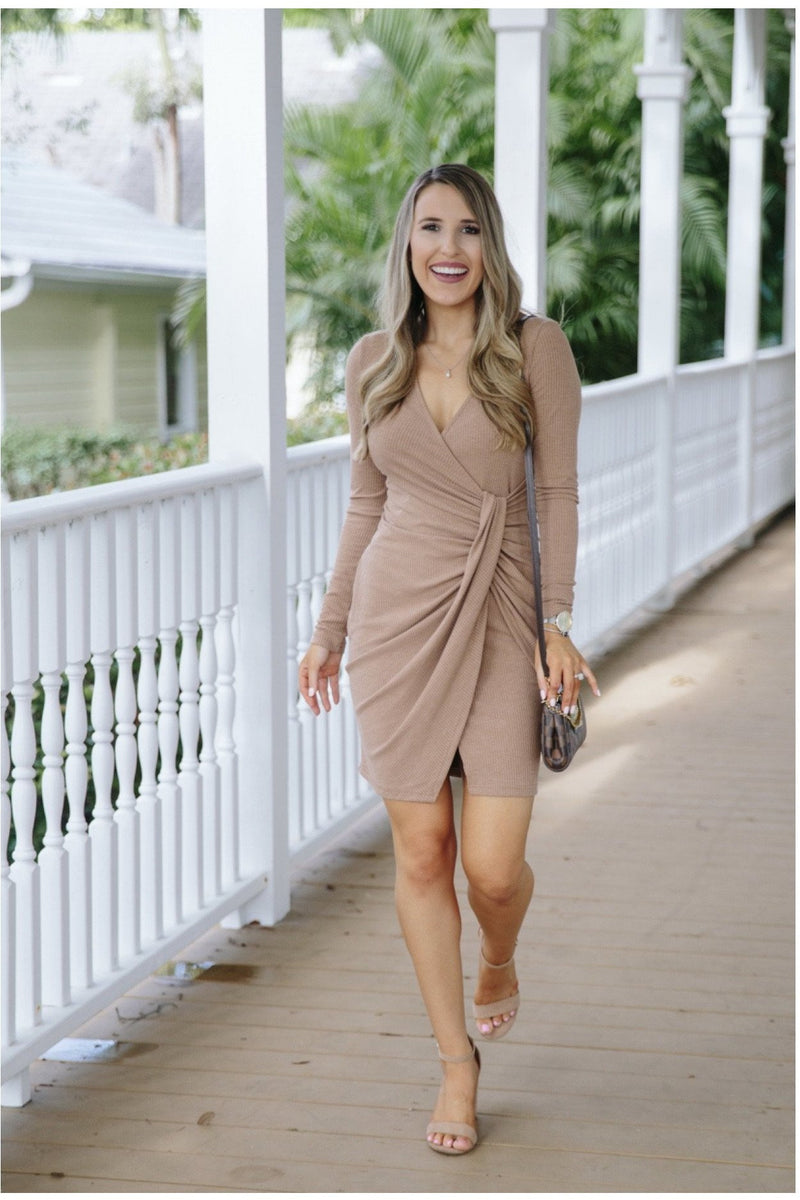 Teddi Dress in Mocha