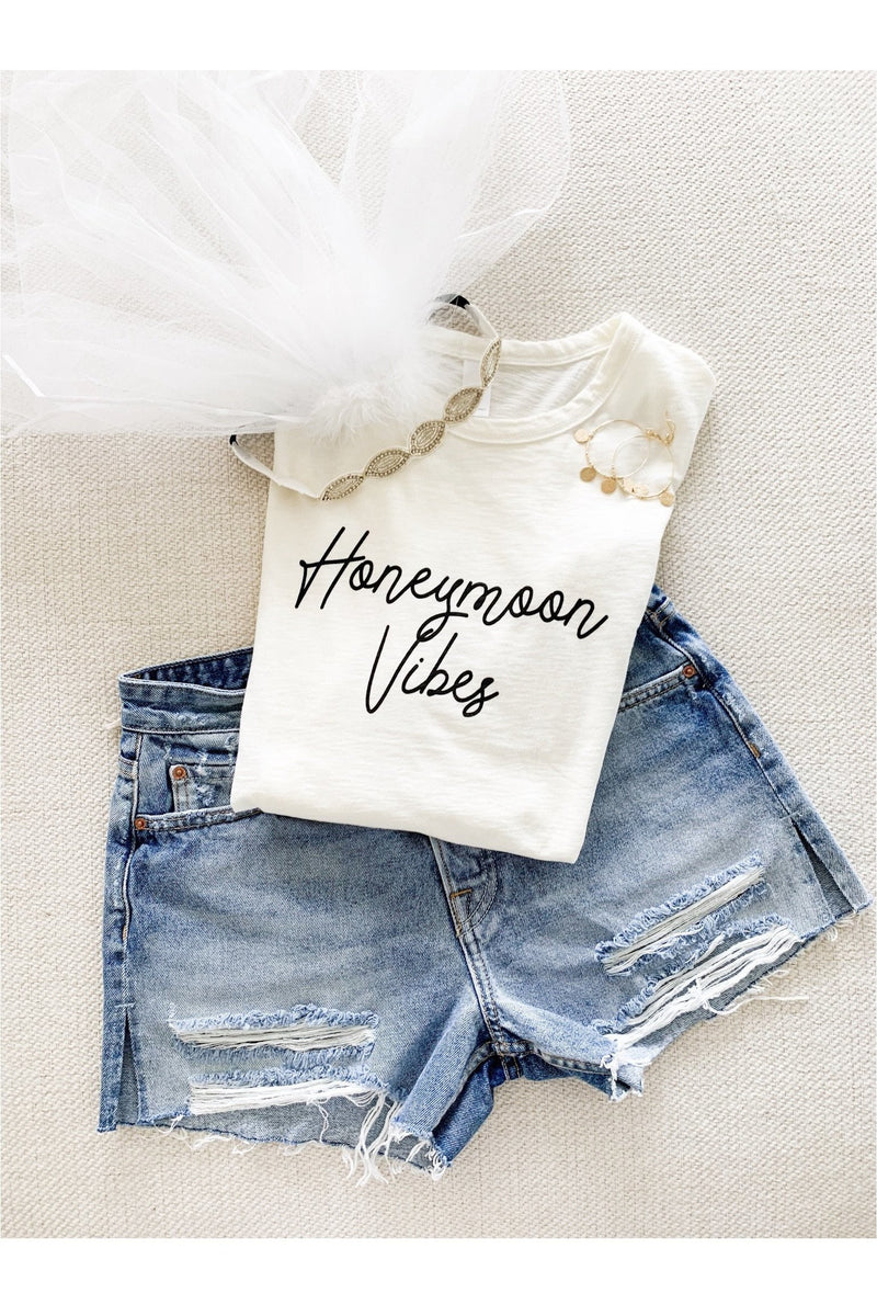 Honeymoon Vibes Tee - Indigo Closet