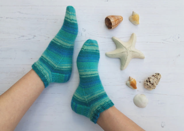 Basic 4ply Shortie Socks - free pattern