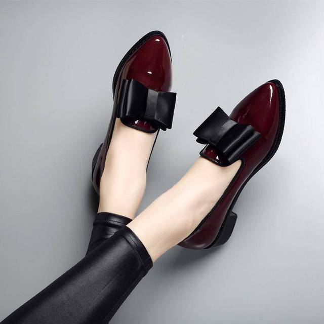 Women's Leather Loafers Slip-ons Low Heel Pointed Toe Bowknot Work Shoes