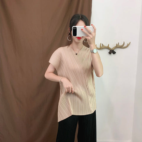 Elegant Solid Pleated Short Sleeve T Shirt