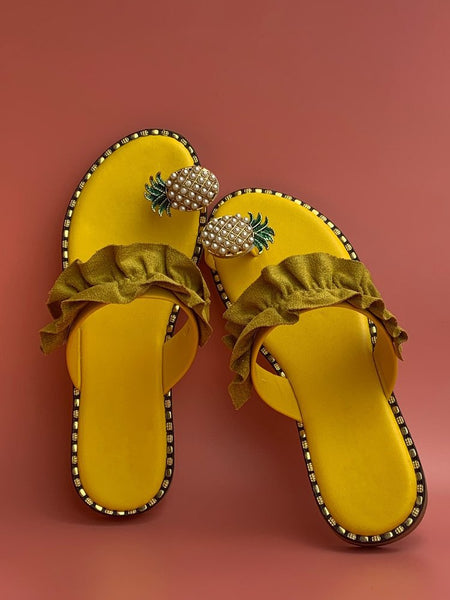 Toe Loop Metal Pineapple Decor Slide Slippers