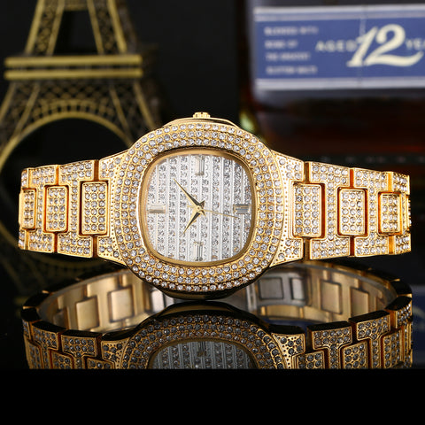 Hot Fashion Inlaid Diamonds British Watch