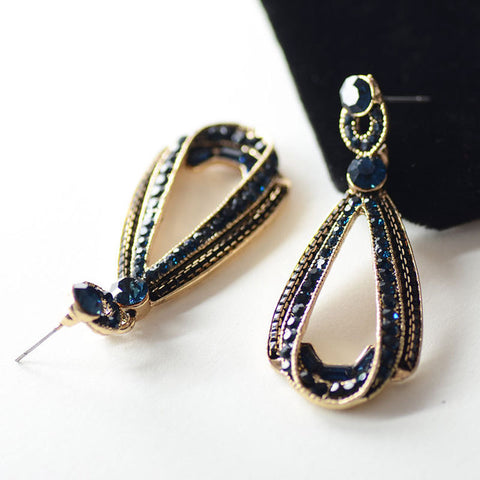 Women's Trendy Gem Crystal Hollow Sapphire Dangle Drop Earrings