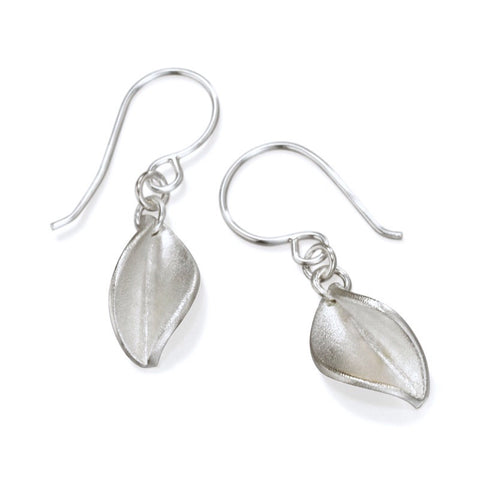 Mavilo Leaf Drop Earring