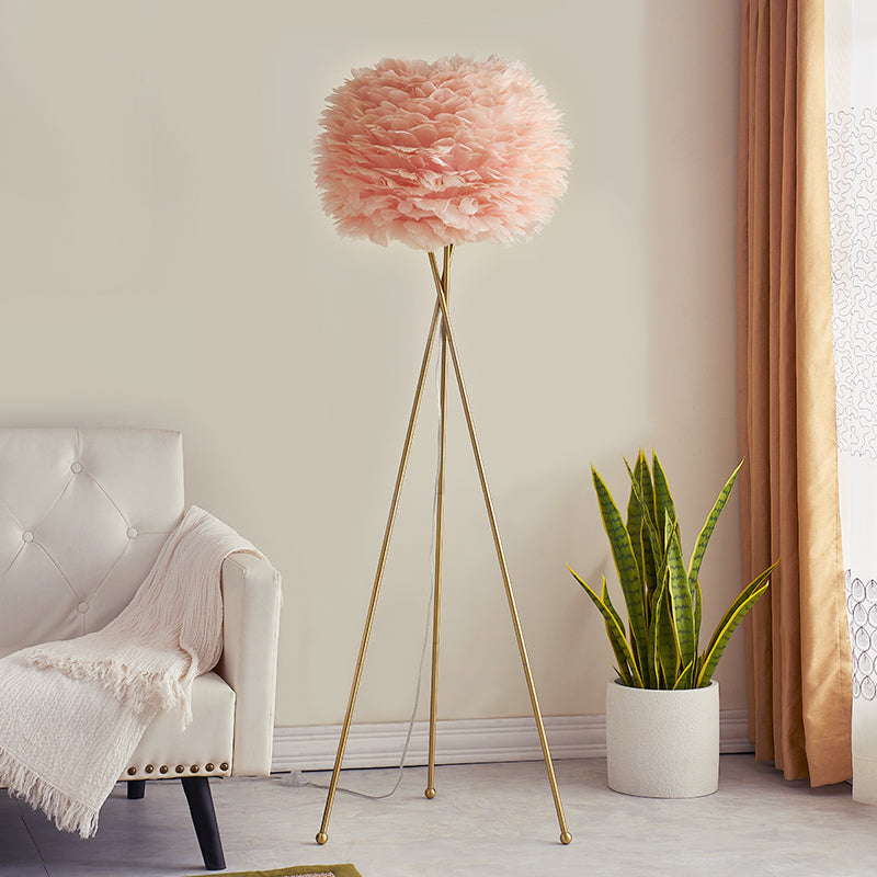 Boho Feather Tripod Floor Lamp
