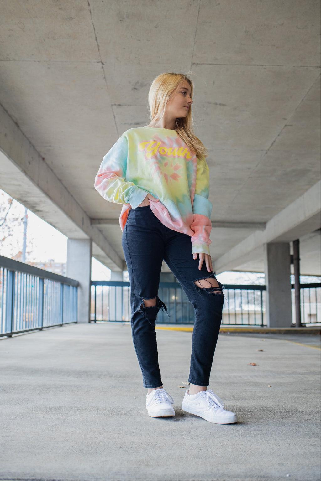 'Youth Tie dye' sweatshirt