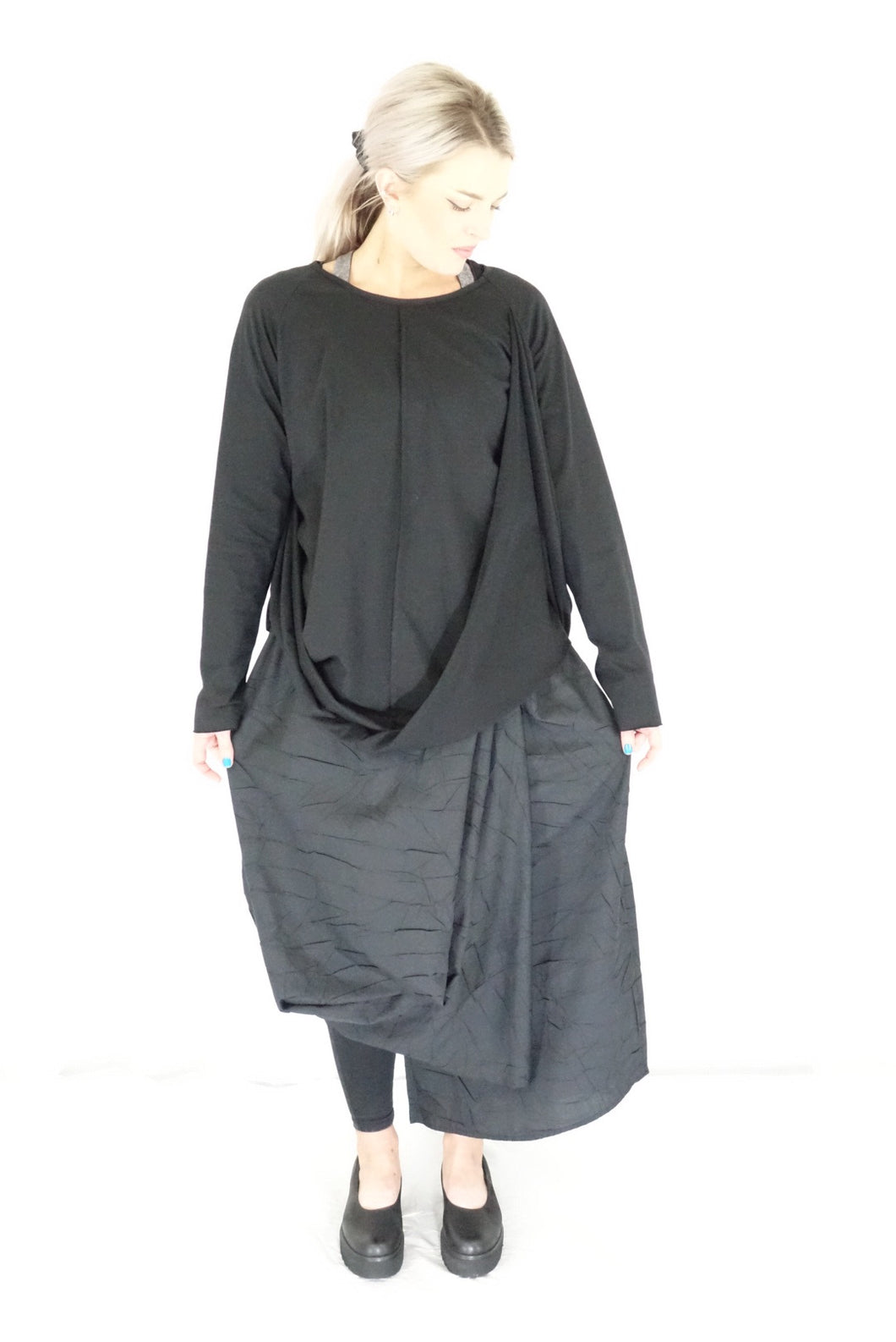 Creare Black Jersey Twist Top