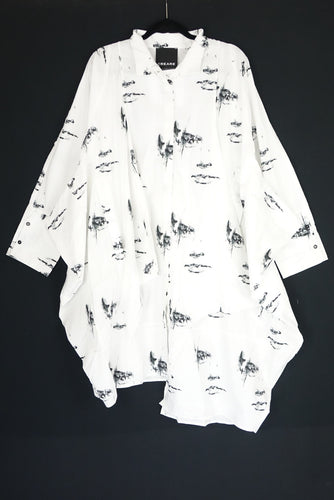 Creare White Oversized Print Shirt 19.2.02.029