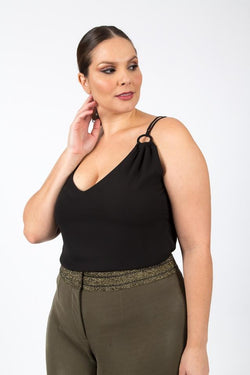 Regata Plus Size Crepe Liso - Preta Regata Lady More 44