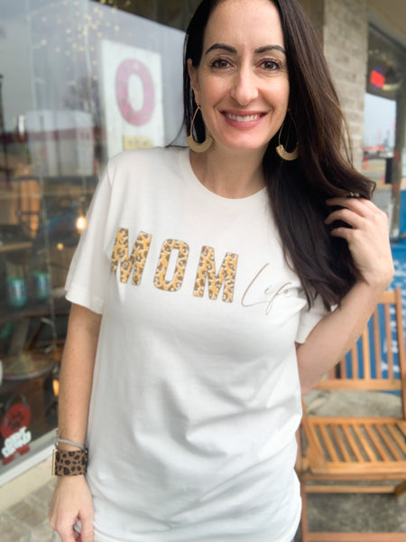Cheetah Mom Life Graphic Tee