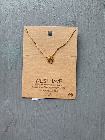 Dainty Gold Leaf Necklace