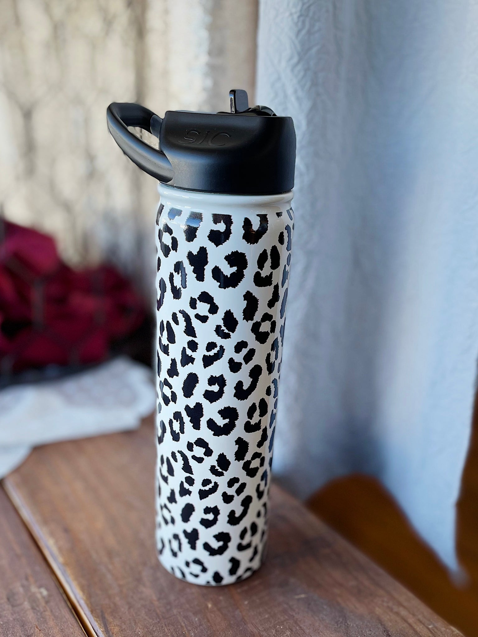 Black and White Leopard Water Bottle